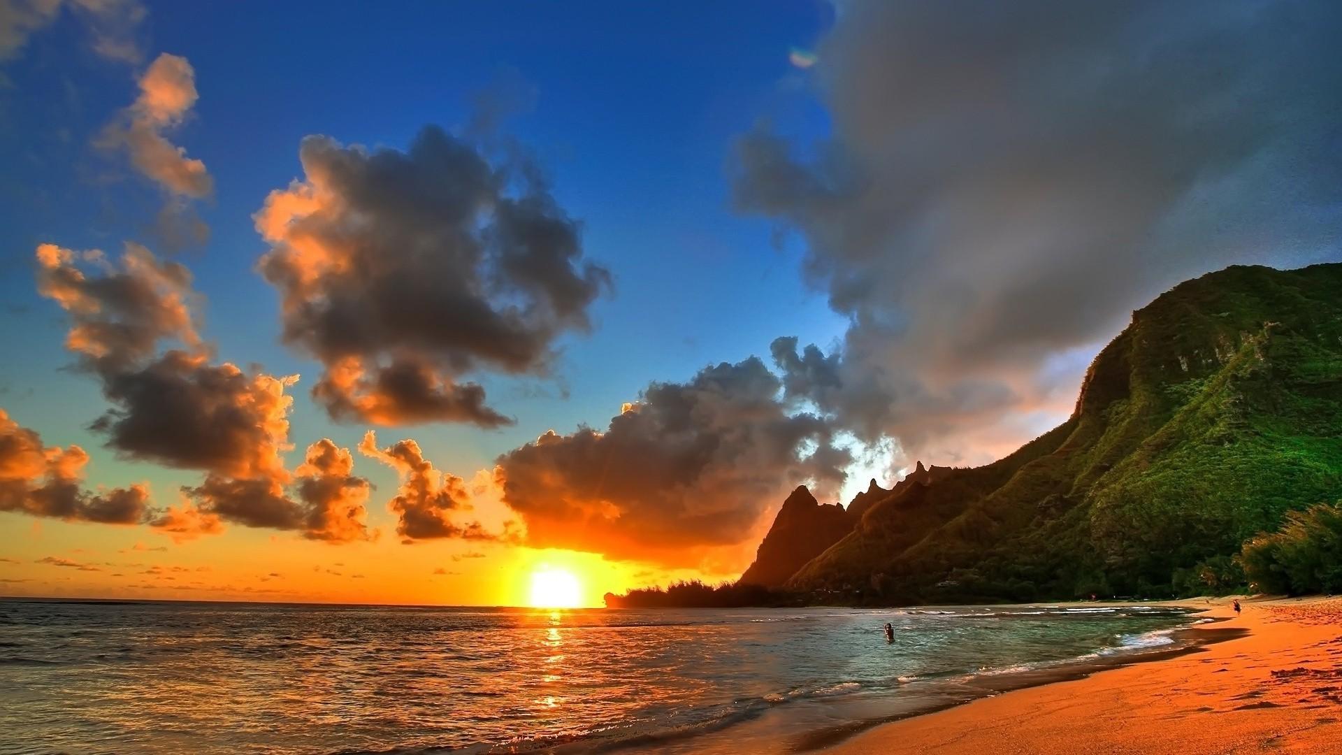 Delightful Nature Beach Wwallpaper: Beautiful Beach Sunset HD Wallpapers